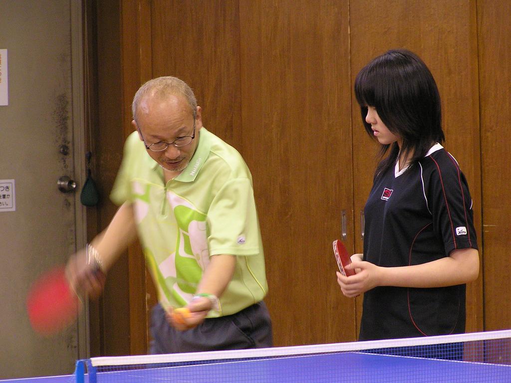 卓球講習会が開催されました。 4/30_e0048692_215943100.jpg