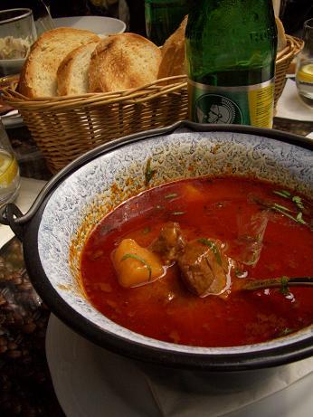ハンガリーのスープ ~グヤーシ...