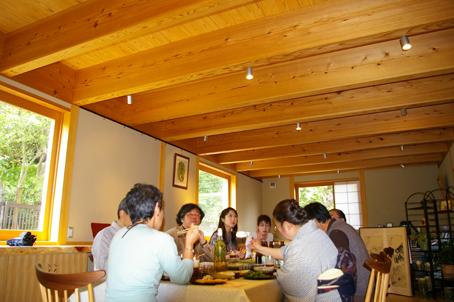 兼松邸で北鎌倉湧水ネットワーク2006年度総会(4・30)_c0014967_19285014.jpg