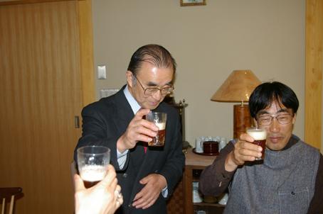 兼松邸で北鎌倉湧水ネットワーク2006年度総会(4・30)_c0014967_1938196.jpg