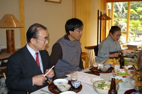 兼松邸で北鎌倉湧水ネットワーク2006年度総会(4・30)_c0014967_1938398.jpg