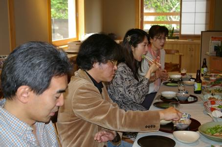 兼松邸で北鎌倉湧水ネットワーク2006年度総会(4・30)_c0014967_19414938.jpg