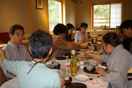 兼松邸で北鎌倉湧水ネットワーク2006年度総会(4・30)_c0014967_19424291.jpg