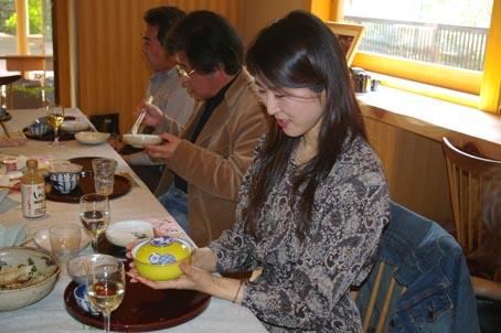 兼松邸で北鎌倉湧水ネットワーク2006年度総会(4・30)_c0014967_1943778.jpg