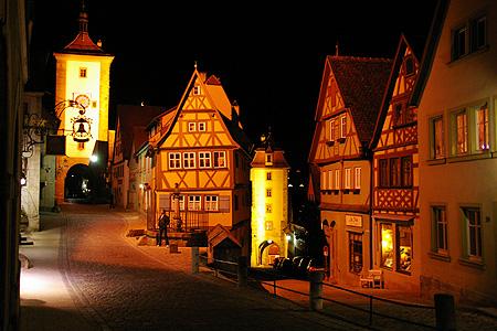 ドイツ旅行 ~夜のローテンブルグ~_c0024345_346544.jpg