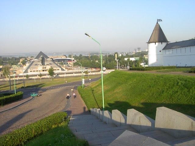 ユーラシア大陸横断 シベリア横断 (39)  カザンの朝_c0011649_0424046.jpg