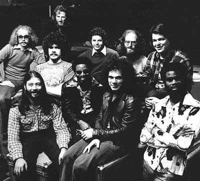 Tower of Power 「Back to Oakland」(1974)_c0048418_2162768.jpg
