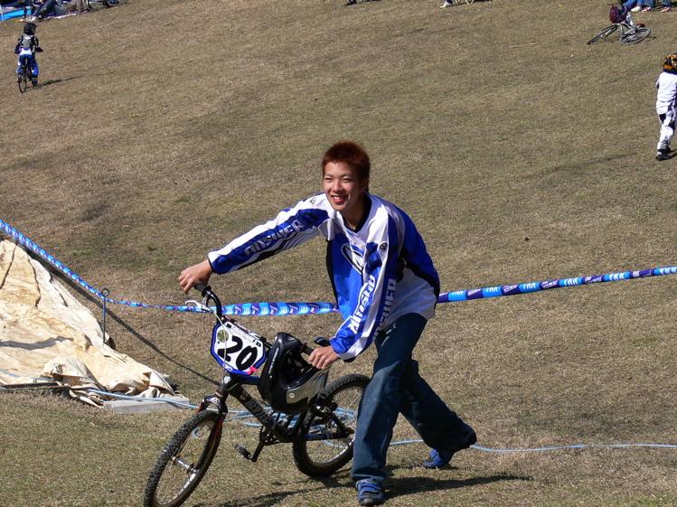 あっくんの日記 JBMXF 2006東日本BMX選手権大会 In Kanayasan Joetsu 扁_b0065730_10205131.jpg