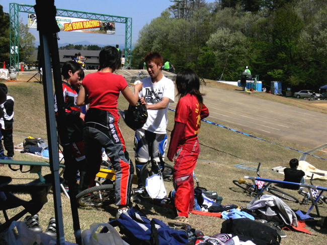 あっくんの日記 JBMXF 2006東日本BMX選手権大会 In Kanayasan Joetsu 扁_b0065730_11541032.jpg