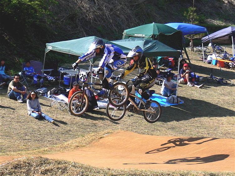 あっくんの日記 JBMXF 2006東日本BMX選手権大会 In Kanayasan Joetsu 扁_b0065730_124621.jpg