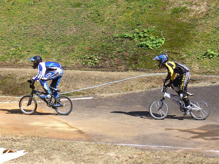あっくんの日記 JBMXF 2006東日本BMX選手権大会 In Kanayasan Joetsu 扁_b0065730_1295356.jpg