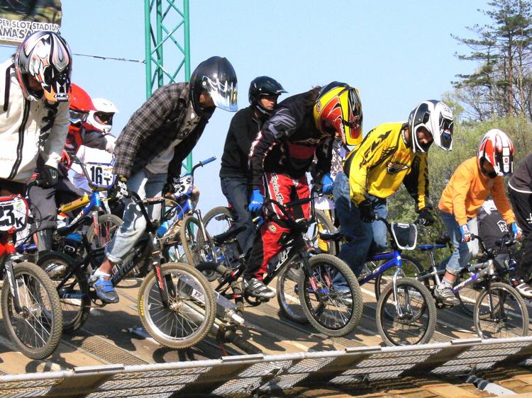 あっくんの日記 JBMXF 2006東日本BMX選手権大会 In Kanayasan Joetsu 扁_b0065730_9582576.jpg