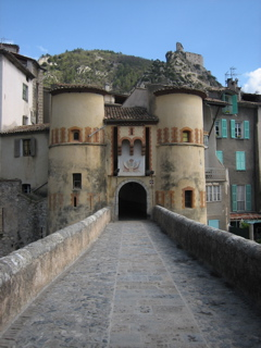 NICE9 / Journey to the Entrevaux_b0046388_2044781.jpg