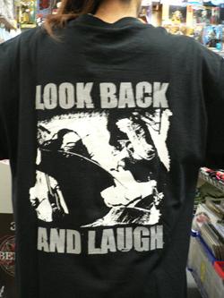 Tシャツでドドーン!!!_f0004730_1421530.jpg