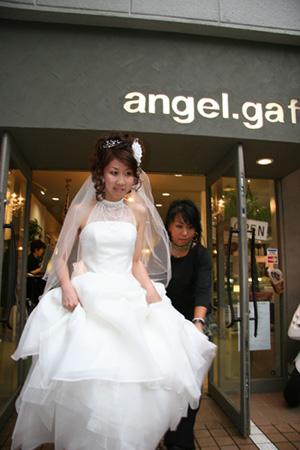 花嫁さん出動_e0013089_905267.jpg