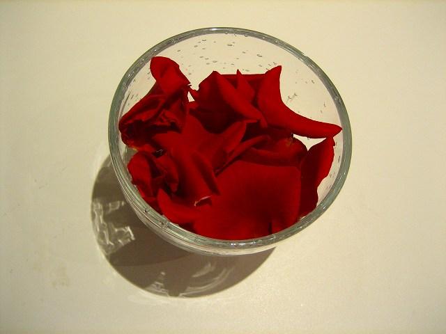 バラの花びら_b0064411_623647.jpg