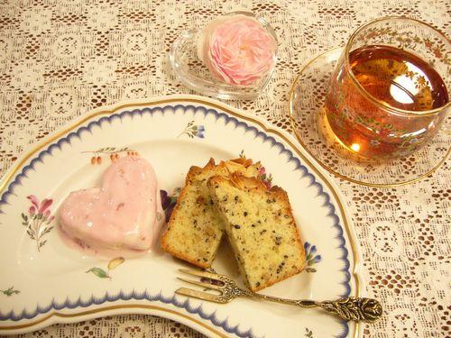 ごまのパウンドケーキ。。。.゚。*・。♡ _a0053662_235940100.jpg