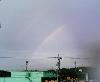 晴れのち雨のち晴れ_c0031975_0222070.jpg