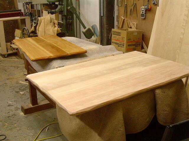 こねこ椅子補修 カウンターチェア テーブル天板_e0072513_732426.jpg