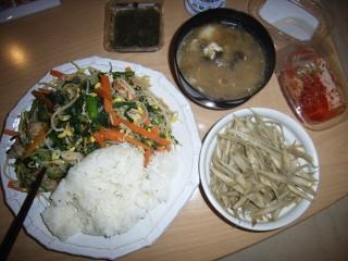 【飯】 今日も食う_b0000480_0553569.jpg