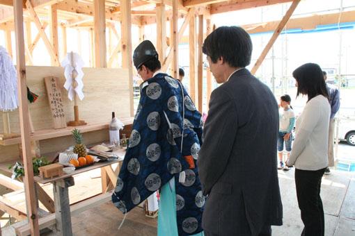 八郎潟の家の建前05_e0054299_122148.jpg