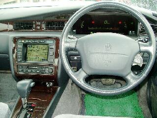 クラウンの中古車がはいりました_d0013202_9104539.jpg