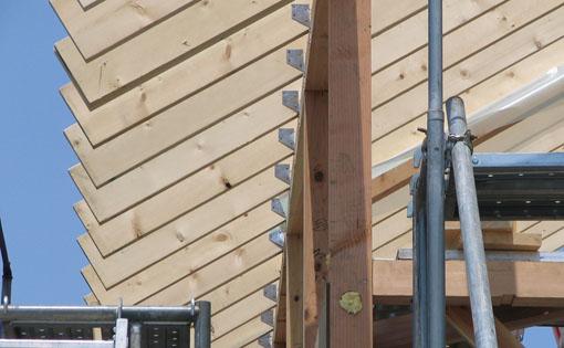 Q1の小坂の家02:屋根と軸_e0054299_15251736.jpg