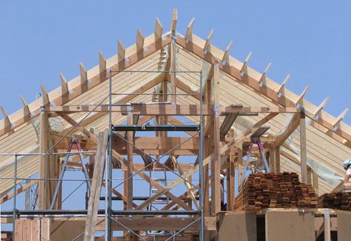 Q1の小坂の家02:屋根と軸_e0054299_1525426.jpg