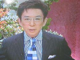 ニュースキャスターのファッション2_f0099455_9434364.jpg