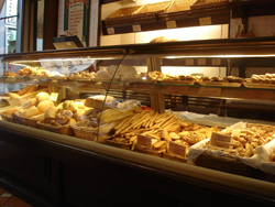 イタリアのケーキ色々_f0106597_1720975.jpg