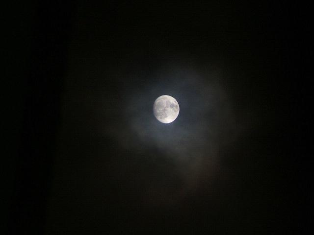 月変化_e0089232_21495581.jpg