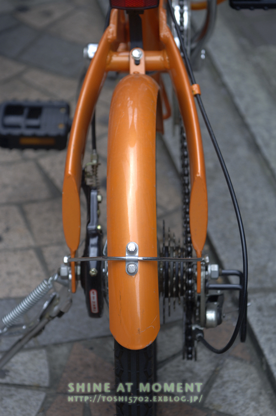 Orange Bicycle_a0049142_15363817.jpg