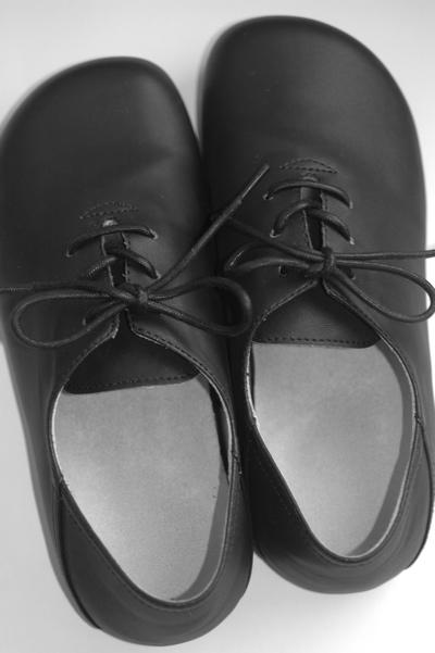 ゆったりとした革靴_d0014507_16384230.jpg