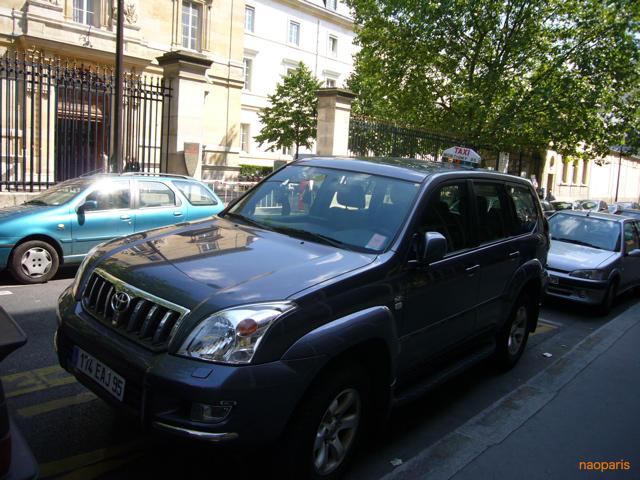 ■パリのタクシー_a0008105_8453684.jpg
