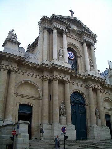 パリ 2006:4日目(5/7) 朝の礼拝~パレ・ロワイヤル_a0039199_2046147.jpg