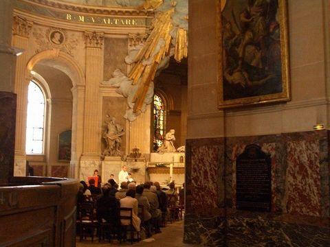 パリ 2006:4日目(5/7) 朝の礼拝~パレ・ロワイヤル_a0039199_20463953.jpg