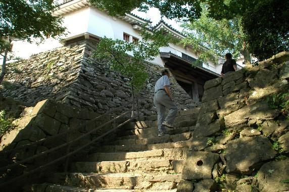 天守閣への登り口 ( 裏坂 )(新裏坂)_b0093754_20384283.jpg