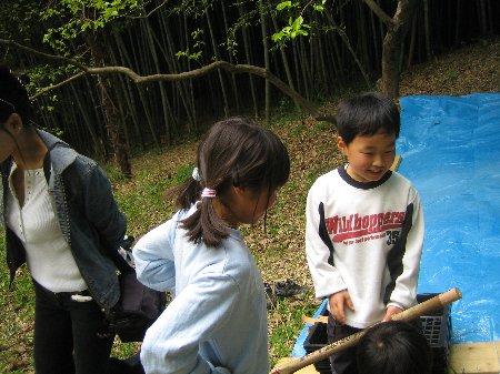 2006.Log Jizo Festival 筍掘り        ファミリーコース No1_c0038619_23112165.jpg