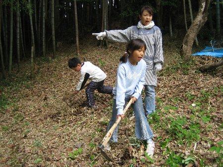 2006.Log Jizo Festival 筍掘り        ファミリーコース No1_c0038619_23113442.jpg