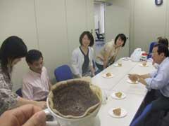 究極のコーヒー コピ ルアーク (その2)_b0054727_2251161.jpg