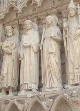 マグダラのマリアと彫像群
