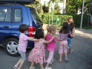 村の子供たち_f0106597_21485739.jpg