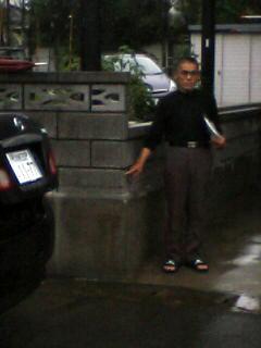 豪雨水害、住民ショックー鹿島久保3丁目で床上浸水_e0068696_1882476.jpg