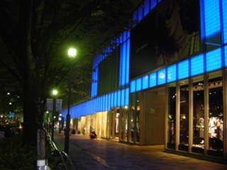 ■ネタ■ワールドカップ応援企画で、夜の表参道がブルー一色に_e0091712_0211444.jpg