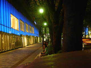 ■ネタ■ワールドカップ応援企画で、夜の表参道がブルー一色に_e0091712_027583.jpg