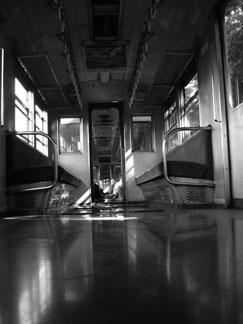 田舎電車の雰囲気_e0015690_1736515.jpg
