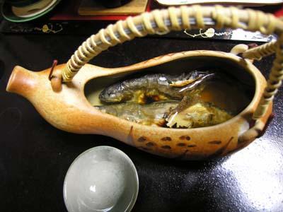 岩魚の骨酒_b0062963_8312517.jpg