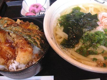 花坊さんの うどん定食 with ミニ天丼_f0053279_2142125.jpg
