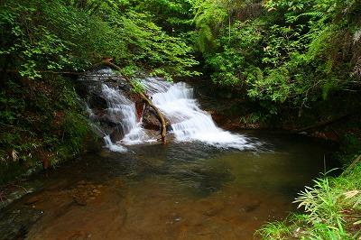 行動(ぎょうどう)の滝は・・・?  三重県名張市_d0055236_1772820.jpg
