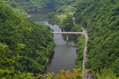 行動(ぎょうどう)の滝は・・・?  三重県名張市_d0055236_1783875.jpg